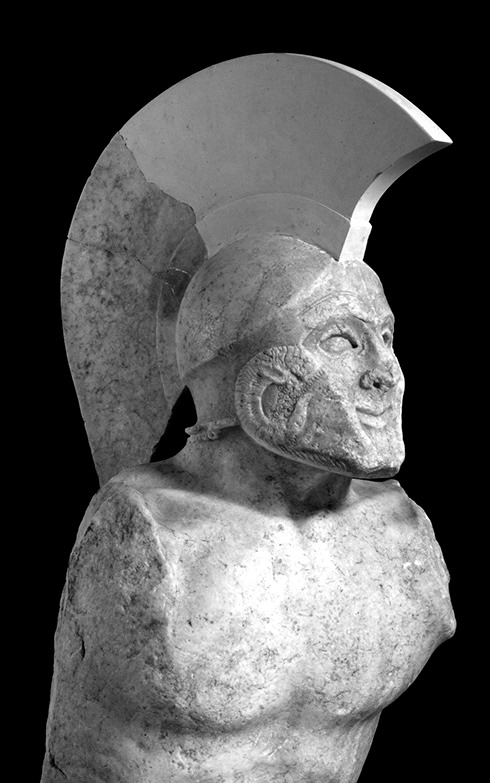 LEONIDAS-THE-LEGENDARY-KING-OF-SPARTA-statue-of-a-hoplite-known-as-Leonidas